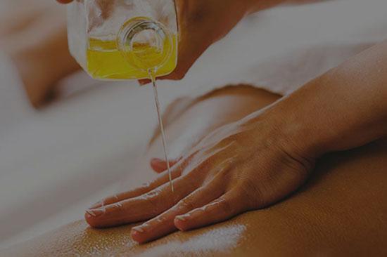 Ayurvedic  Oil Massage Treatment in Kerala